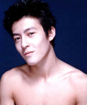 Edison Chen (陈冠希) is coming to Singapore to endorse Carl's Jr burgers  - Alvinology