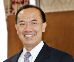 Net-savvy Singapore Foreign Affairs Minister George Yeo