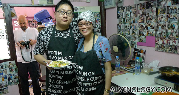 Bangkok Babymoon: Cooking with Poo (The Helping Hands Thai Cooking School) - Alvinology