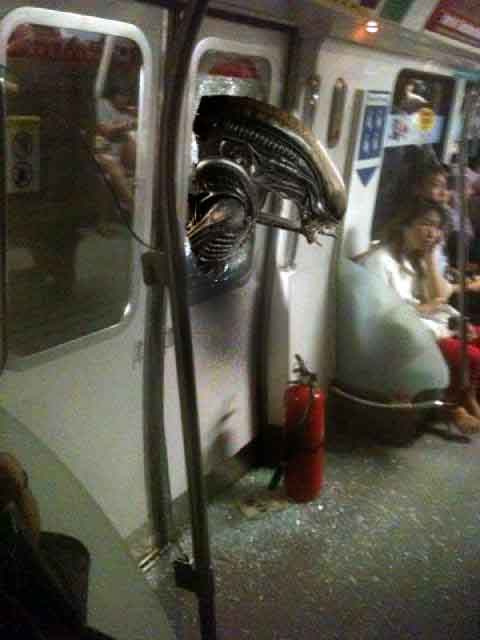 Who was the hero who smashed SMRT train window yesterday during the breakdown?