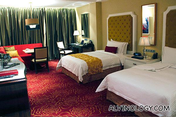 Alvinology goes to Resorts World Manila - Day 3 of 4 - Alvinology