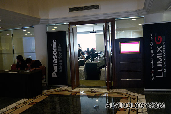 Panasonic Fun Learning Workshop 1 – Photos Make Your Blogs Go Pop!