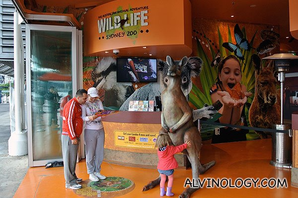 Sydney with Scoot: Wild Life Sydney and Madame Tussauds Sydney at Darling Harbour