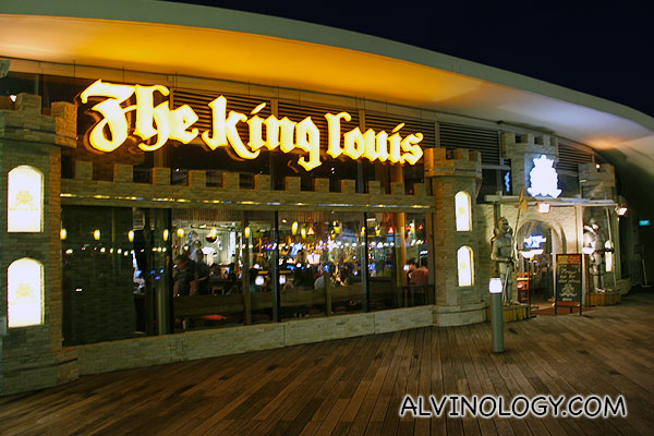 The King Louis Grill & Bar @ VivoCity
