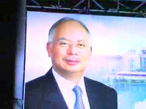 """""""Beheading"""" Najib Razak"""