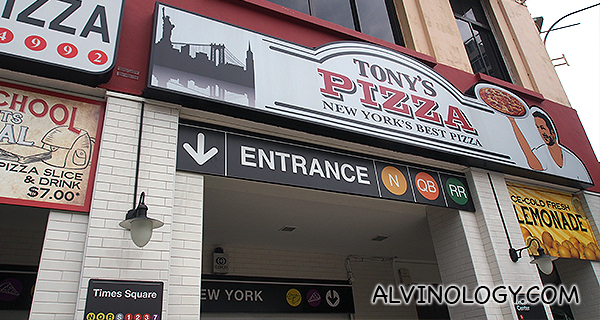 Tony's Pizza @ River Valley Road