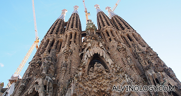Barcelona with Qatar Airways – Gaudi's Sagrada Familia and Park Guell