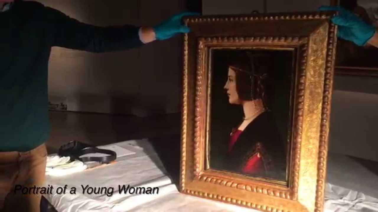 Unboxing a Da Vinci in Singapore at ArtScience Museum, Marina Bay Sands