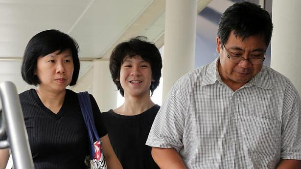 Olive branch for Amos Yee and his parents?