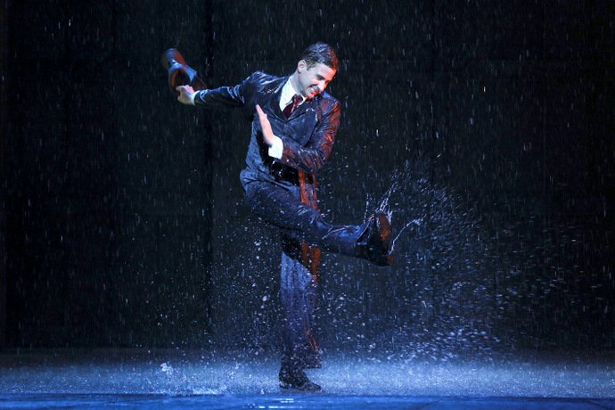 Have a Splashing Good Time at Singin' in the Rain
