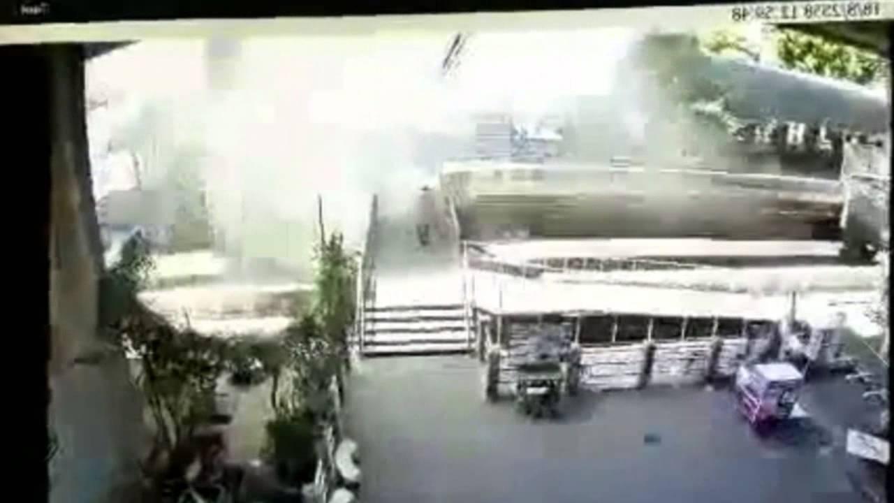 A Singaporean recounts the Bangkok blast aftermath - Alvinology