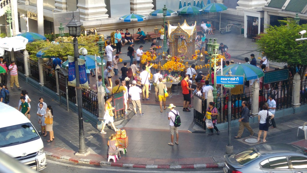 A Singaporean first-hand encounter of the Bangkok bomb near Erawan shrine