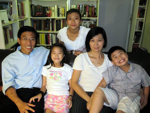 Five reasons why Bukit Batok residents should give Dr. Chee Soon Juan a chance to be their MP