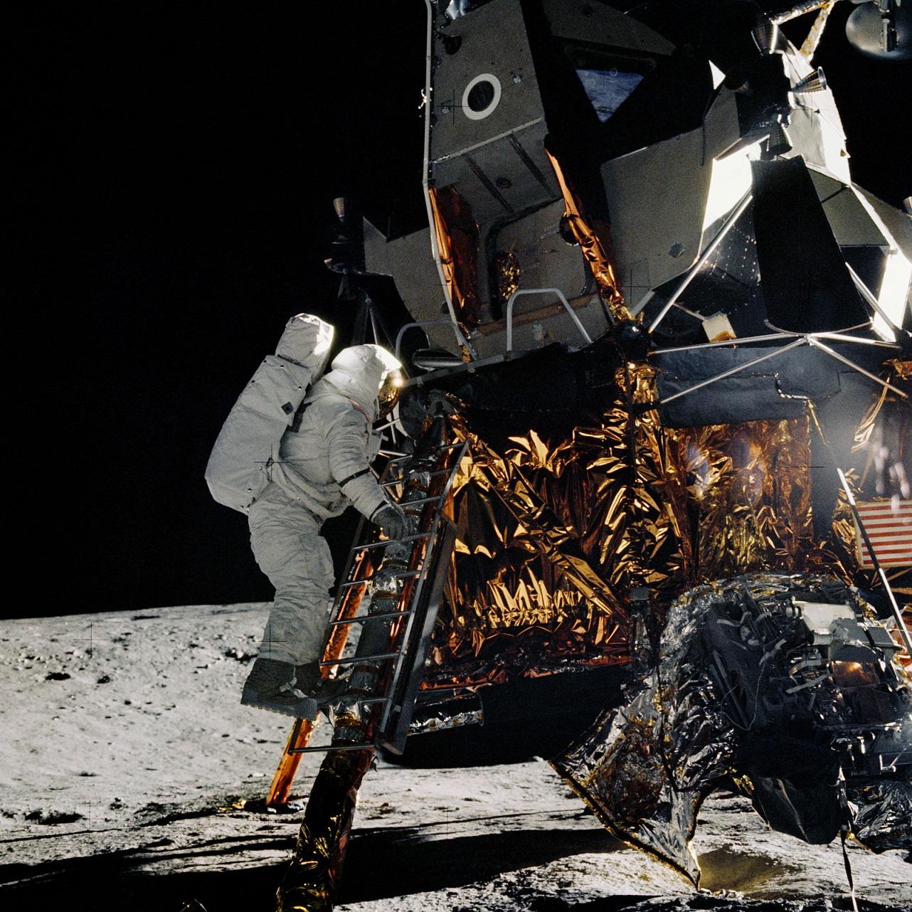 Students celebrate 50th anniversary of Apollo 11 moon