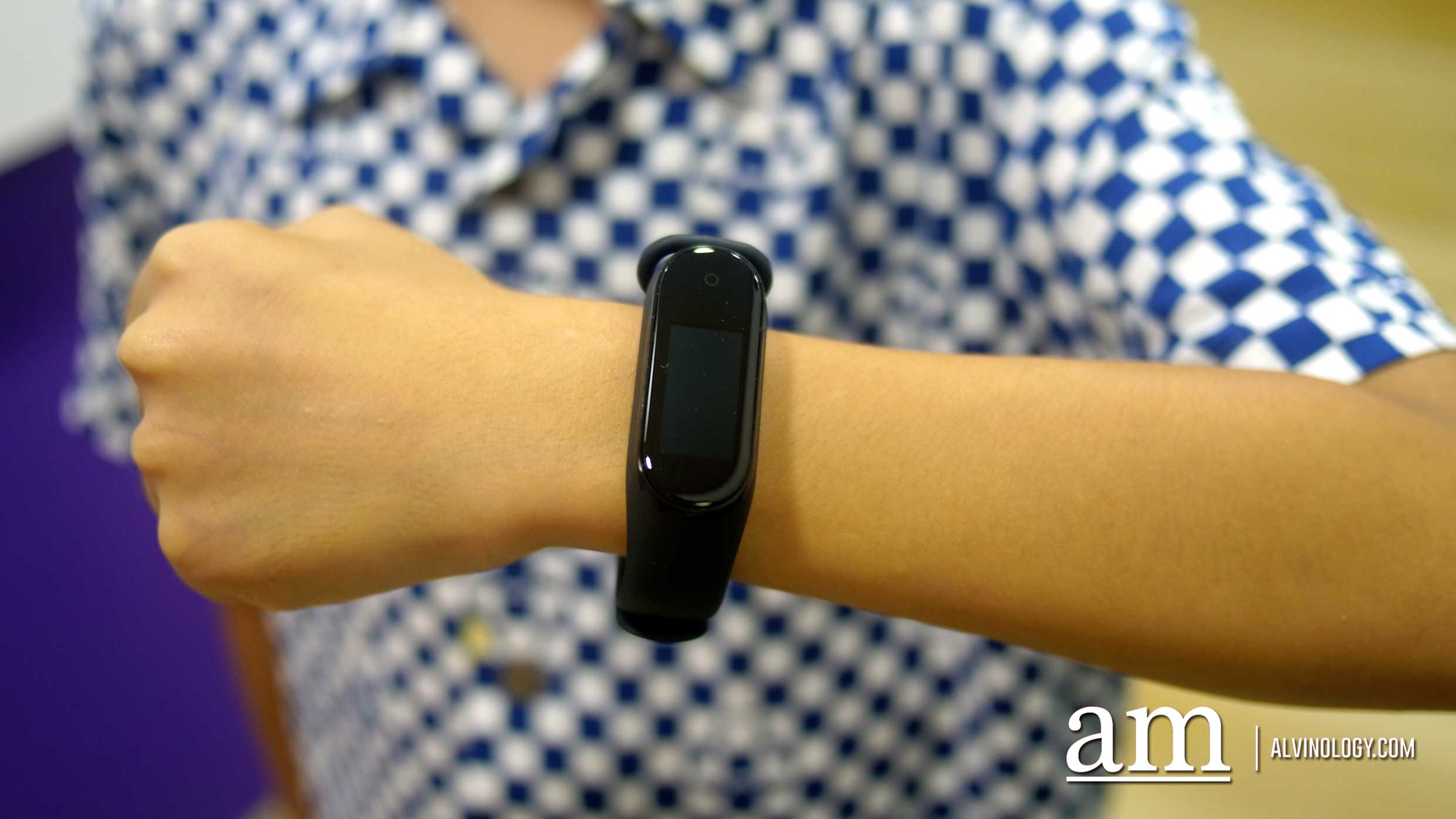 Xiaomi Mi Band 4 proves that Cheap can be Good too - Alvinology