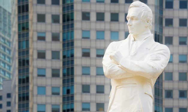 British Man Praises Colonial Contribution to Singapore's Nation Building – Netizens React
