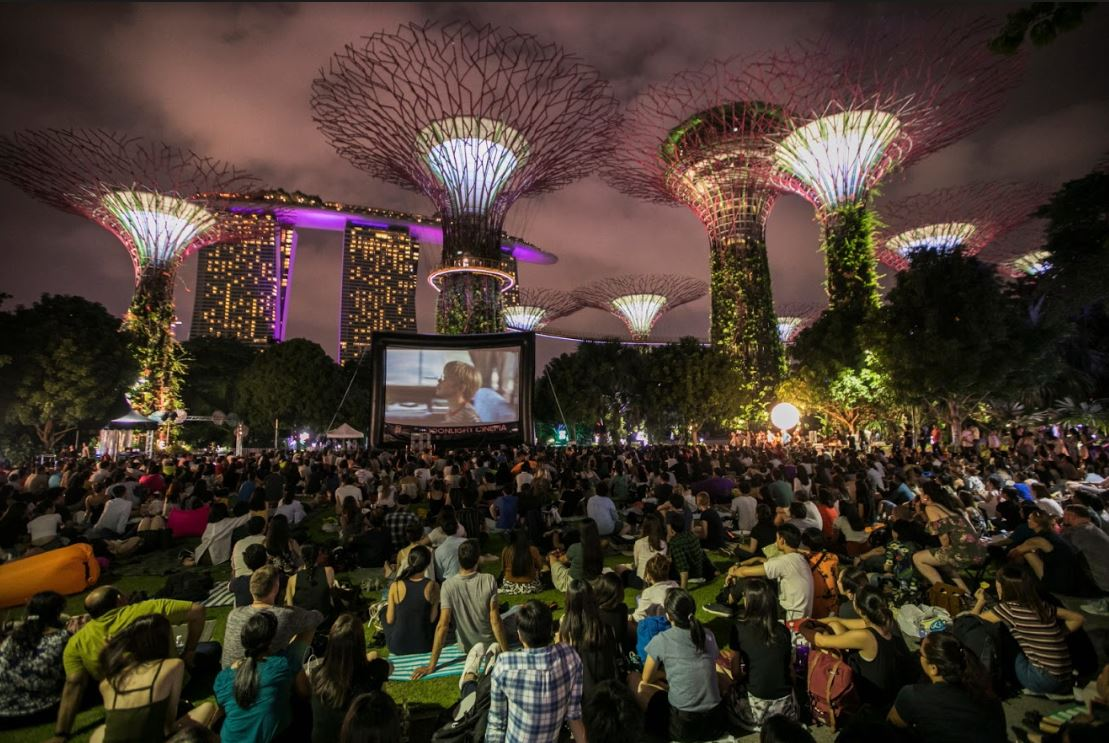 Enjoy Free Outdoor Film Screenings at 30th Anniversary of Singapore International Film Festival - Alvinology