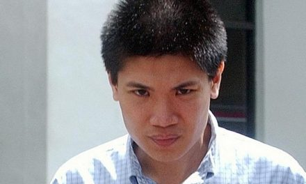 Who is Colin Mak Yew Loong? Is he in jail for stalking several women? Is he also a weapons dealer?