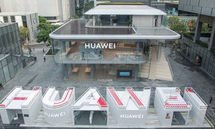 Huawei opens first global flagship store in Shenzhen – not just a store but a place for learning