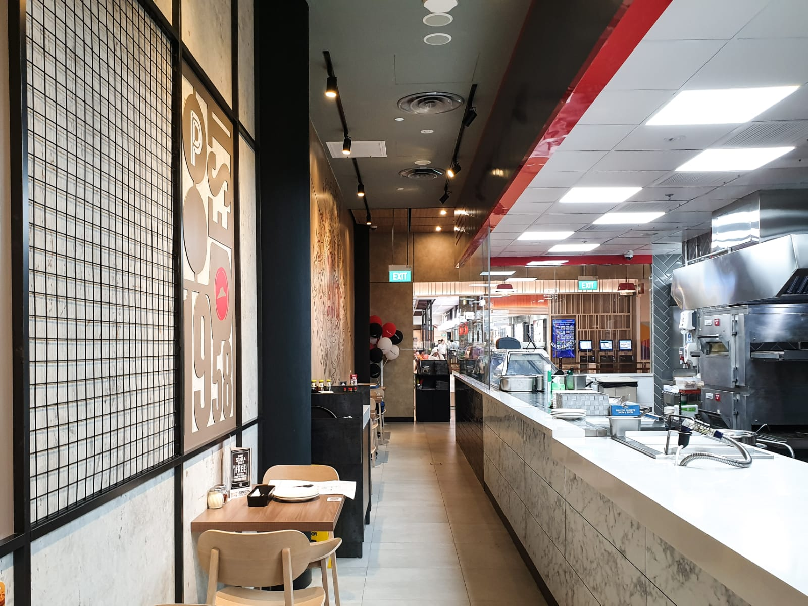 Pizza Hut debuts new Light x Airy Crust, toppings, and dining concept at PLQ Mall - Alvinology