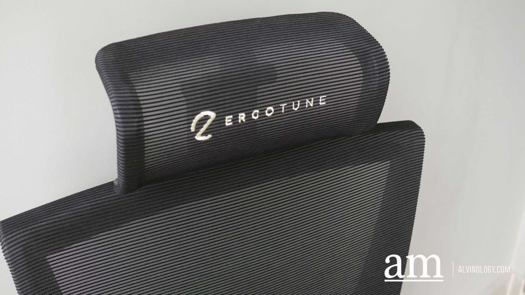 adjustable TriTune headrest