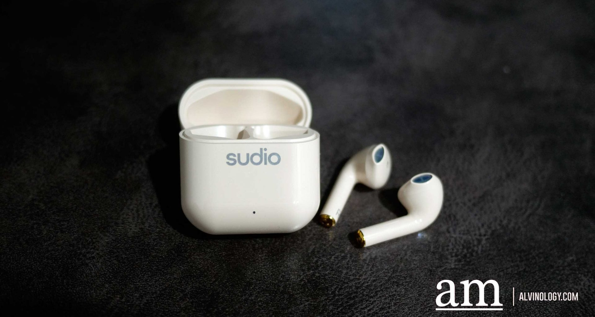 [15% off Promo Code + Giveaway] Sudio Nio Wireless Earphones for the Niu Year - Alvinology