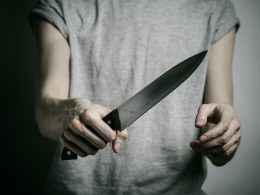 'Snatch my girlfriend, chop you to death.' Man uses chopper on ex-lover's new beau - Alvinology