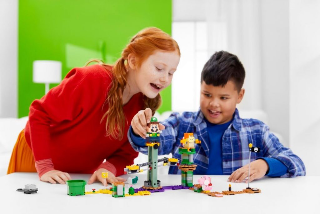 """LEGO finally introduces """"Adventures with Luigi Starter Course"""" granting the demand of Super Mario fans around the world - Alvinology"""
