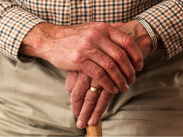 Qualities and Features You Need To Look For When Choosing A Senior Care Residence - Alvinology