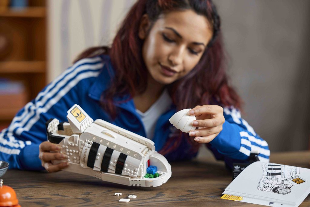 LEGO and adidas present the new Superstar Sneaker – iconic adidas shoe with LEGO brick pattern that can be customized to your will - Alvinology