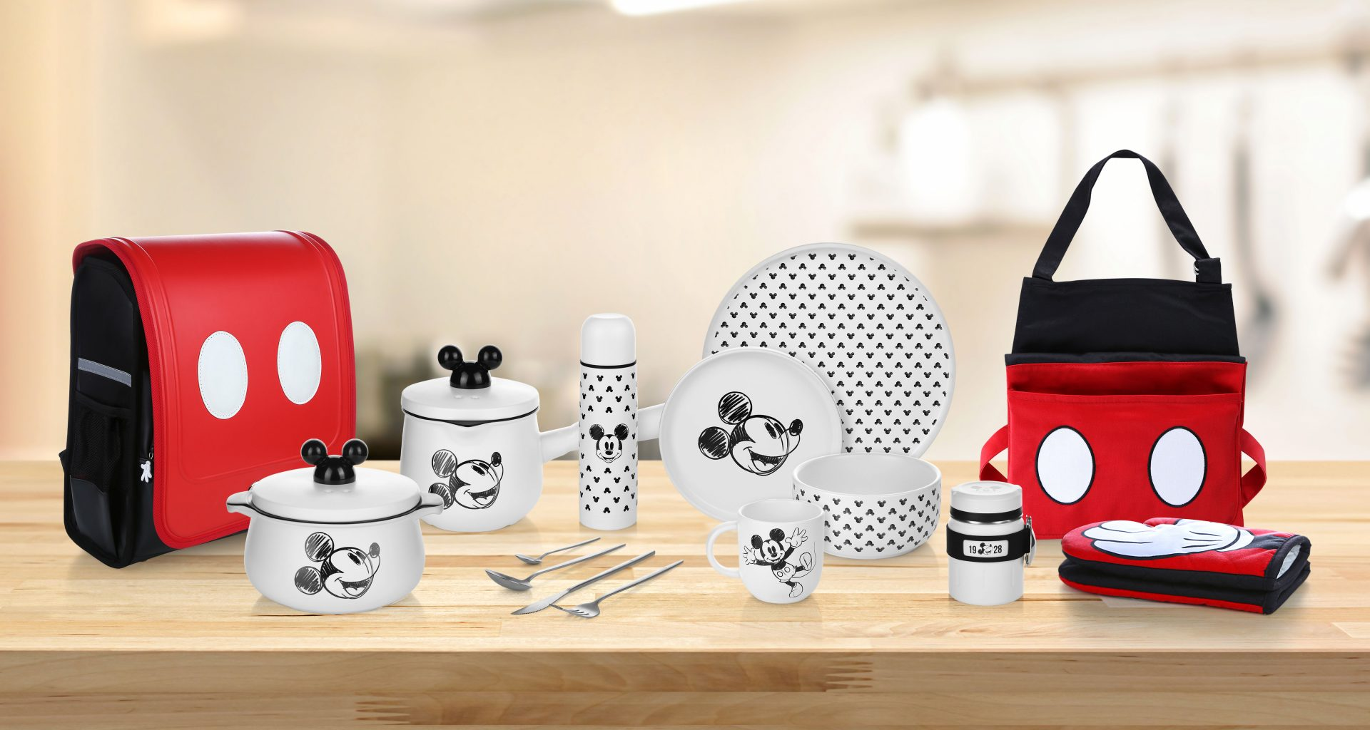 Bring fun into your kitchen with this limited-edition Mickey Mouse Collection available exclusively at NTUC FairPrice! - Alvinology