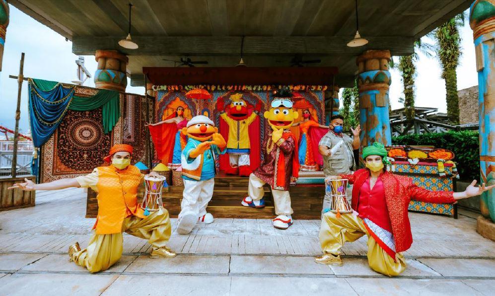 Surprise Gifts await at Universal Studios Singapore as Sesame Street goes Bollywood! - Alvinology