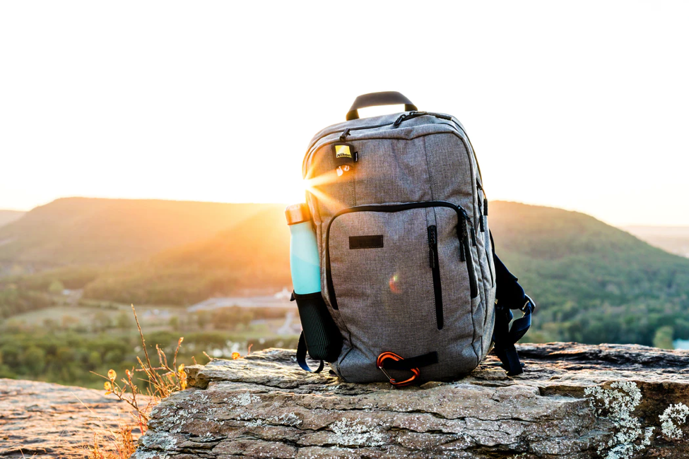 Useful Pieces Of Advice To Avoid Overpacking And Travel Comfortably - Alvinology